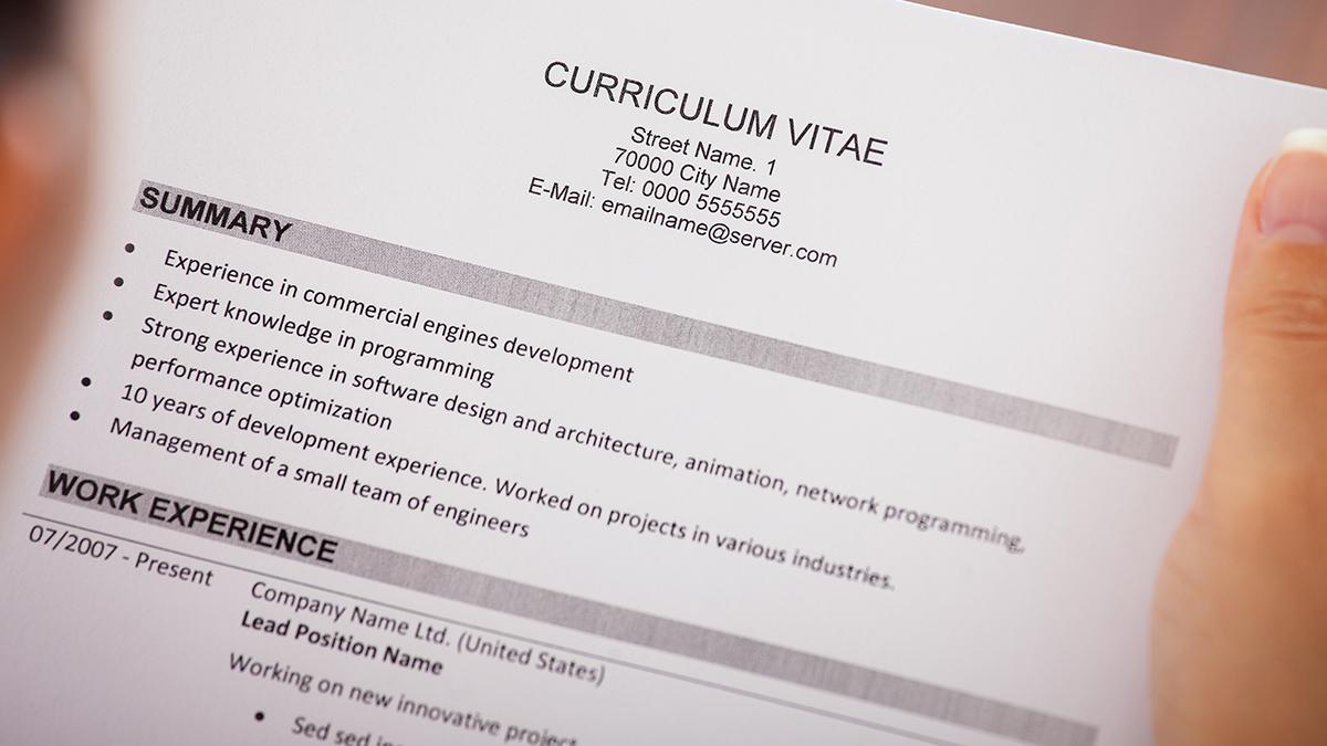 10 praktycznych wskazówek jak napisać dobre CV